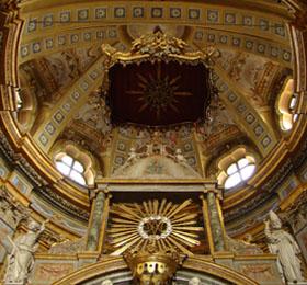 L´abside sopra il presbiterio del Santuario di Sommariva del Bosco